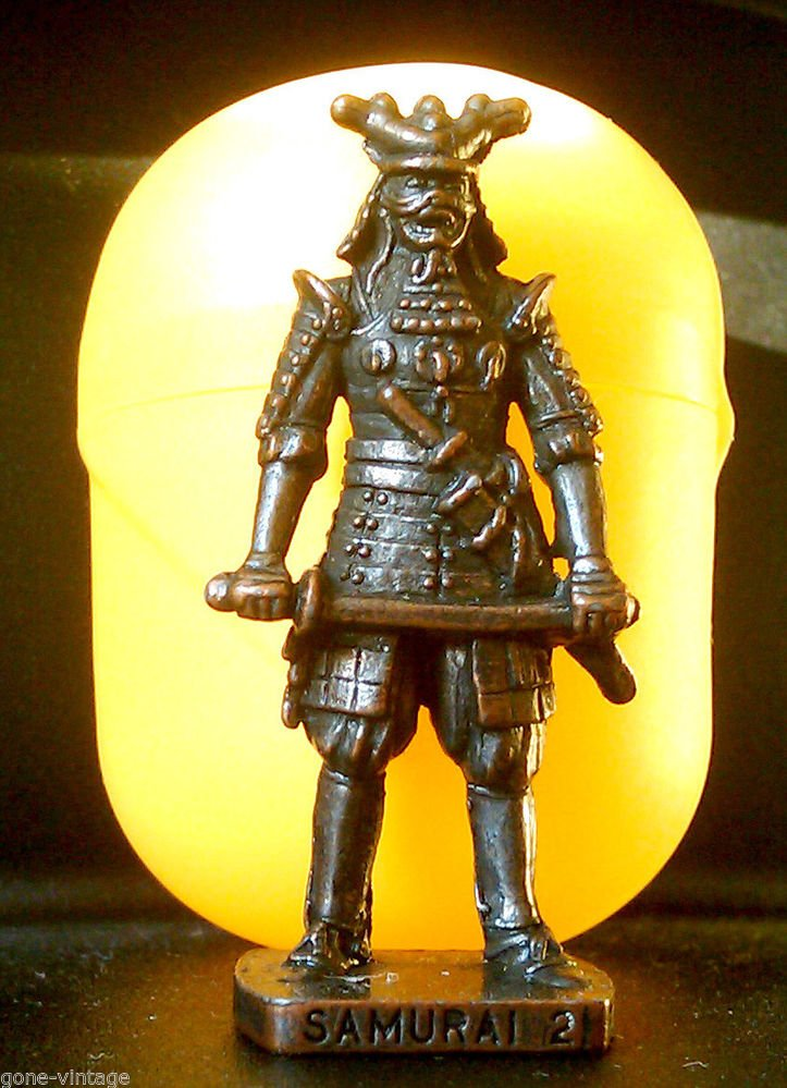 SAMURAI 2 Kinder Surprise Metal Soldier Figurine Vintage Ferrero Egg Toy 4 cm