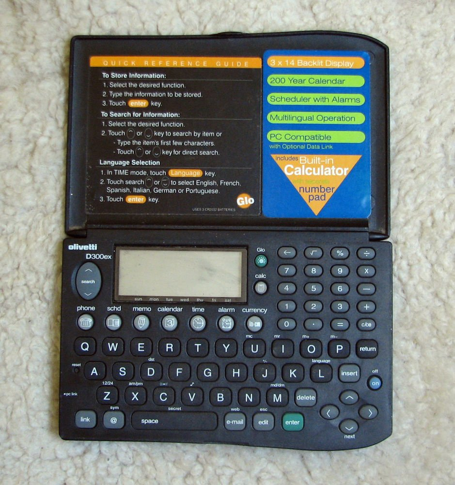 Vintage Calculator Olivetti D300 organizer data bank digital diary Working