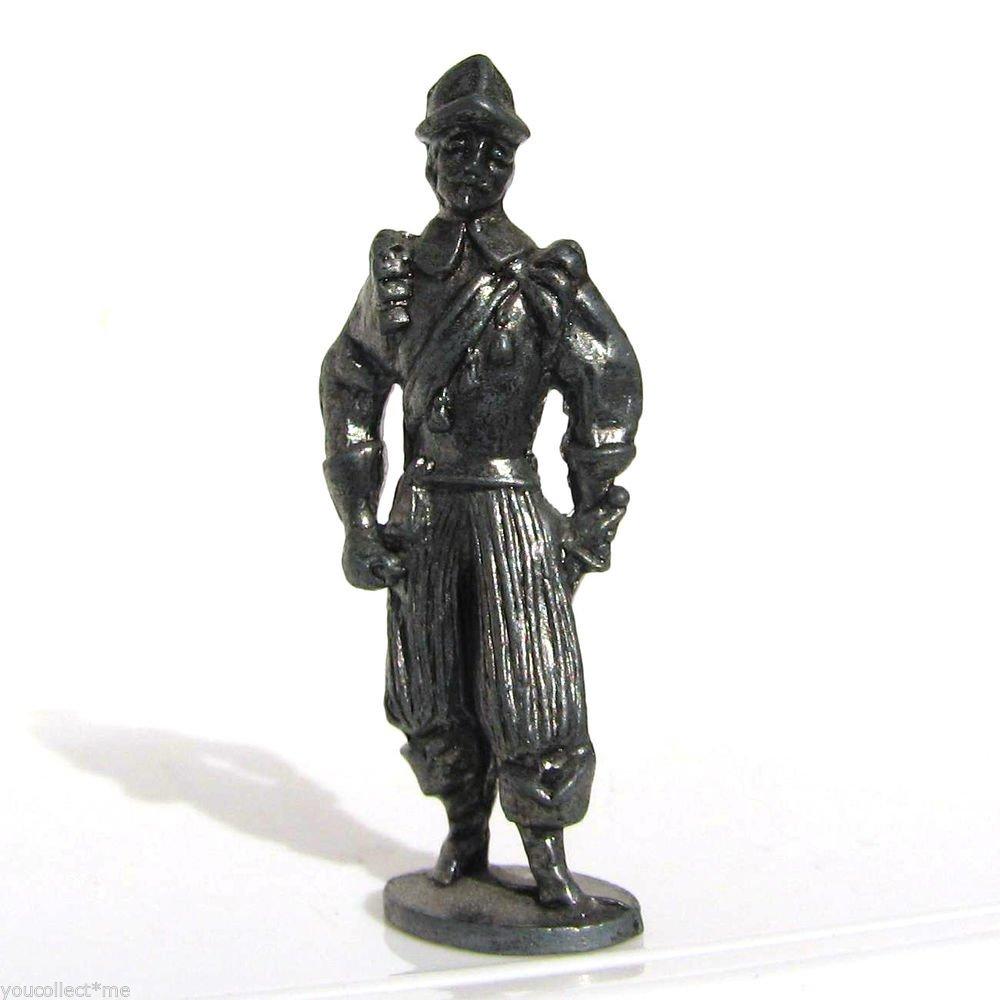 Pewter Musketeer #8 Kinder Surprise Metal Soldier Figurine Vintage Toy 4 cm