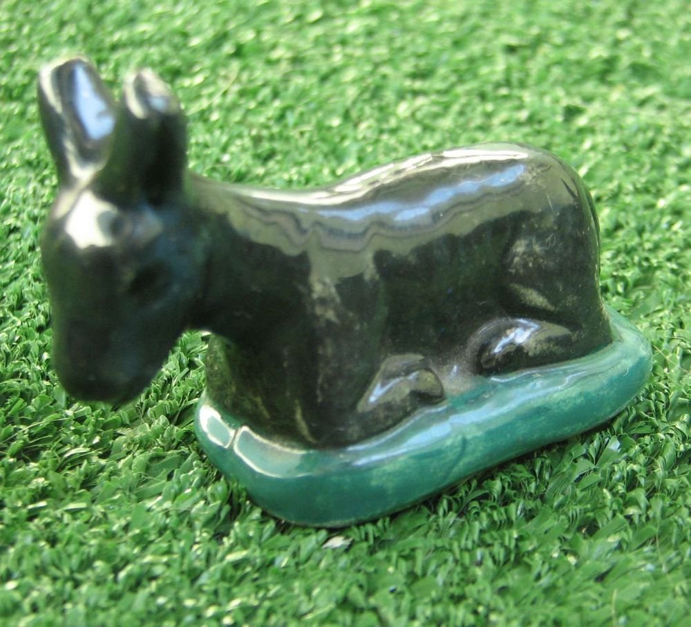 VALLAURIS signed Vintage Small Porcelain Resting Doe Deer Fawn Animal Figurine
