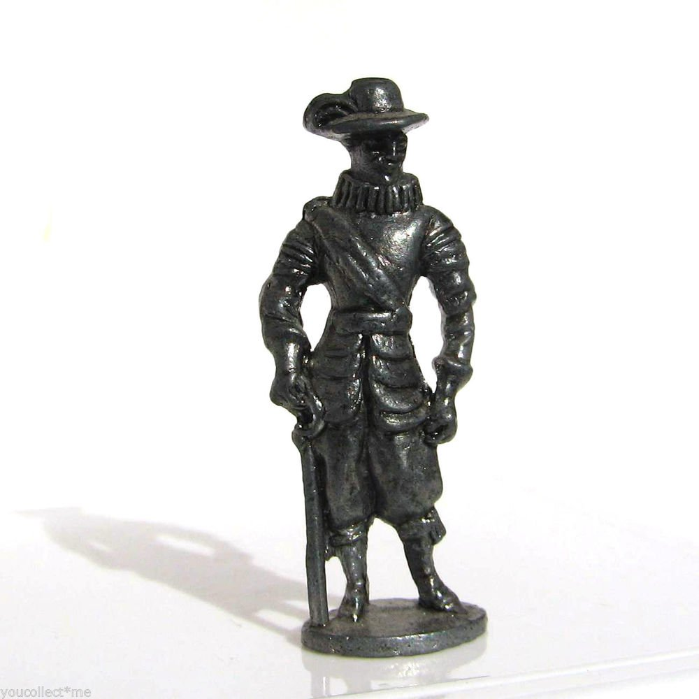 Pewter Musketeer #4 Kinder Surprise Metal Soldier Figurine Vintage Toy 4 cm