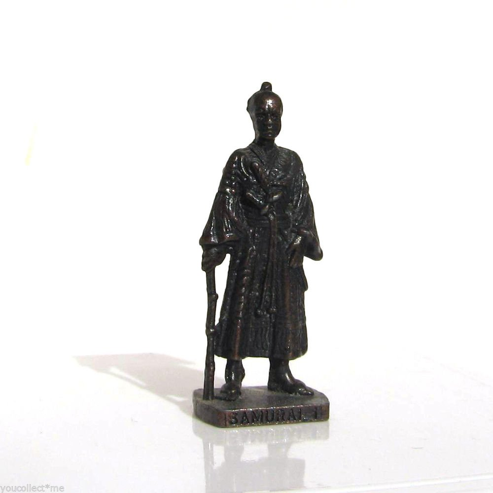 Samurai 1 Kinder Surprise Metal Soldier Figurine Vintage Toy 4 cm