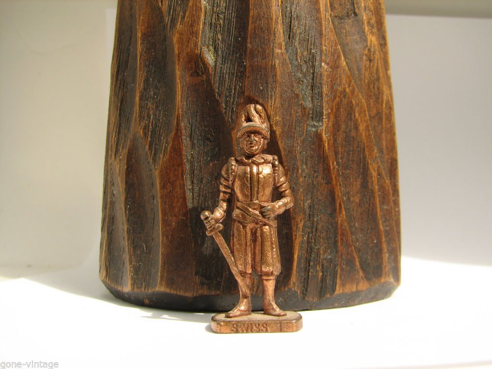 SWISS 1 Kinder Surprise Metal Soldier Figurine Vintage Toy 4 cm Copper Finish
