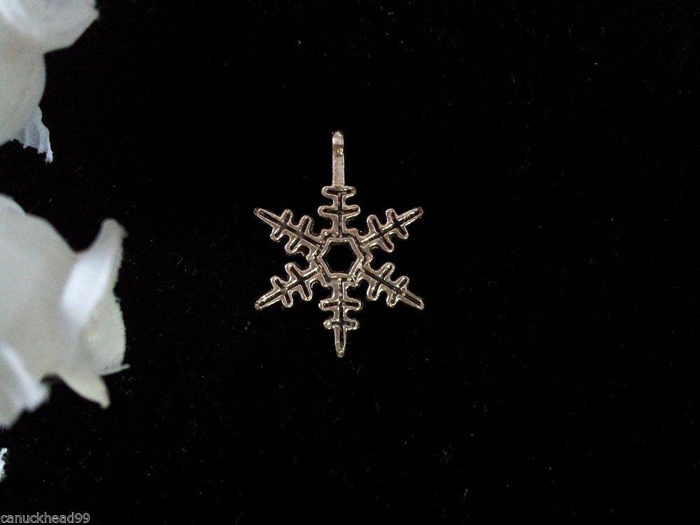 12pcs Tibetan Silver Metal Alloy Charm Charms Pendant Snowflake 23x18mm