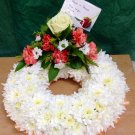 Classic wreath ring with single posy placement