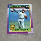 1990 TOPPS BASEBALL - Milwaukee Brewers Team Set + Traded Series
