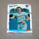 1988 FLEER BASEBALL - Milwaukee Brewers Team Set + Update Series