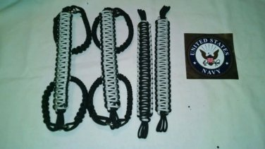 Jeep Wrangler JK, JKU 4 Door Paracord Grab Handles silver and black Roll Bar