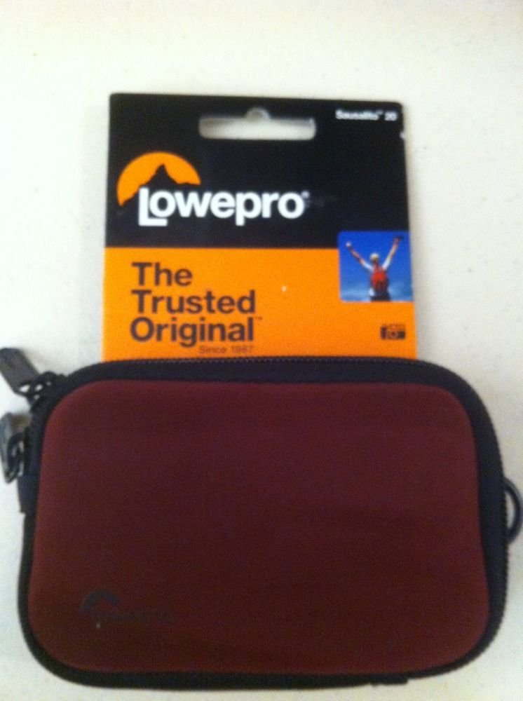Lowepro Camera Case Sausalito 20-Red Or Blue!