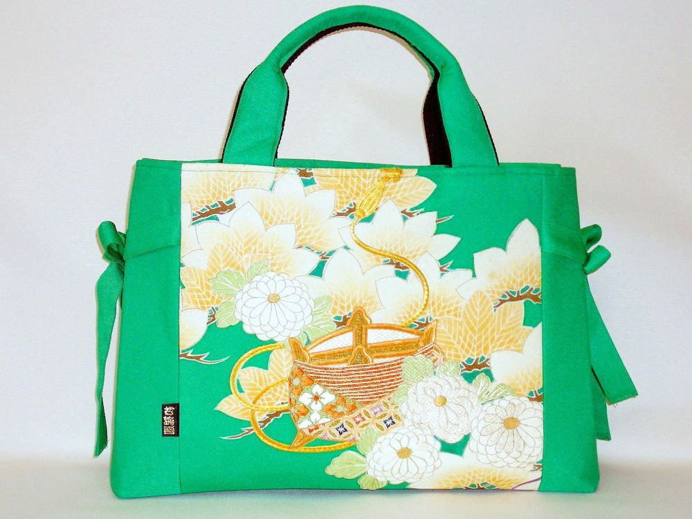 Luxurious Tote Bag made from kimono pattern ,Silk x Emerald Green from Japan NEW