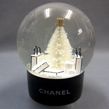 CHANEL Snow Dome 2012 for Christmas Gift VIP Limited By EMS Free Shipping NEW