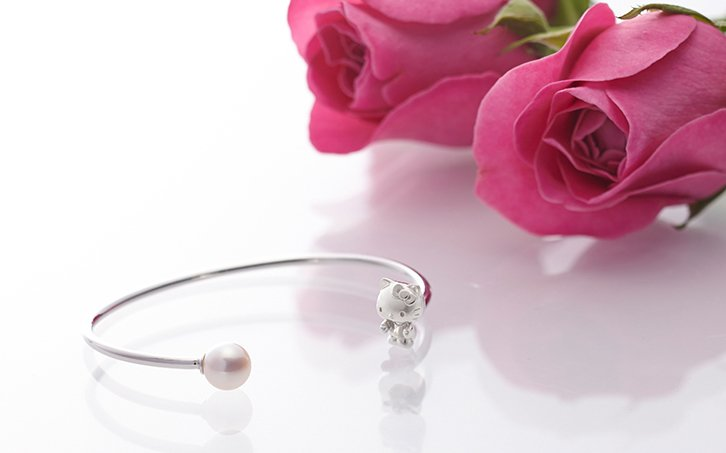 Gift! Hello Kitty Sterling Silver � Akoya pearls Bangle Bracelet JAPAN NEW F/S