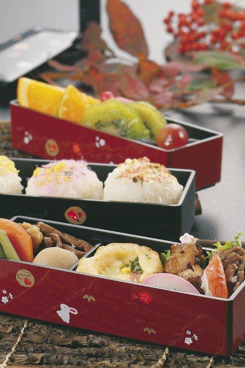 Free shipping HAKOYA Cherry Blossom Bento lunch Box case Koiki 51135 RED JAPAN