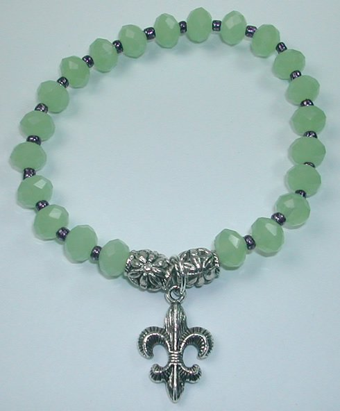 handcrafted Green Crystal Stretch Bracelet with Silver Plated Fleur de Lis