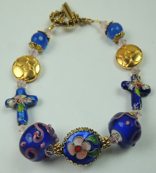 NEW WOMANS BLUE & PINK CLOISONNE CROSSES BRACELET WITH BLUE & PINK LAMPWORK