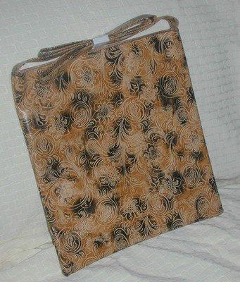 handbagbargains:  Tan Tote/Messenger Bag