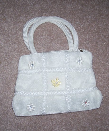 handbagbargains: White Knit Tic Tac Toe Pattern Rhinestone Purse