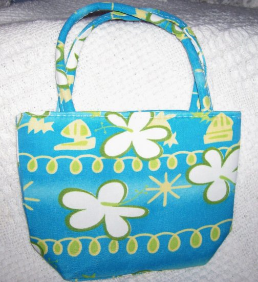 handbagbargains:  Blue Flowered Mini Purse