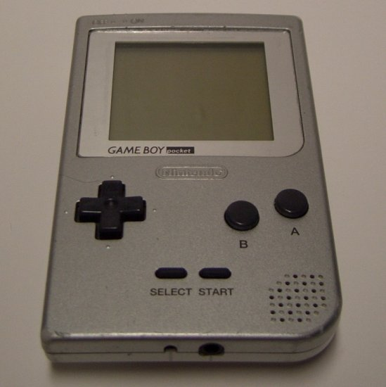 Game Boy Pocket  Silver MGB-001 (1996)