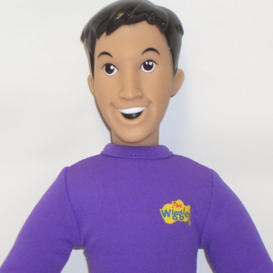 "THE WIGGLES JEFF SINGING 15"" ACTION FIGURE PLUSH DOLL"