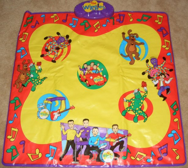 The Wiggles Dance / Play Along Pad Mat By Spin Master With a Sing Along/Play Along Box Attatched
