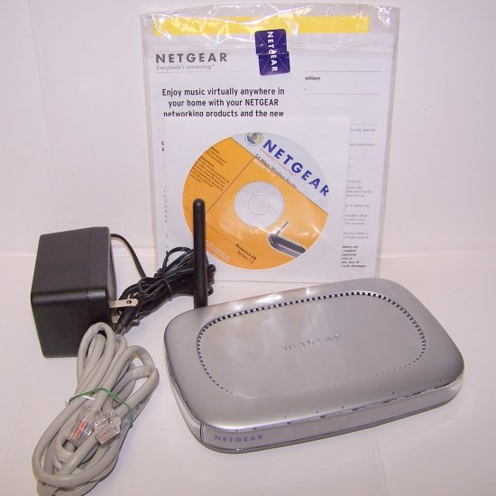 Netgear WGR614 4 Port Cable or DSL Wireless Router 54 Mbps/2.4 GHz