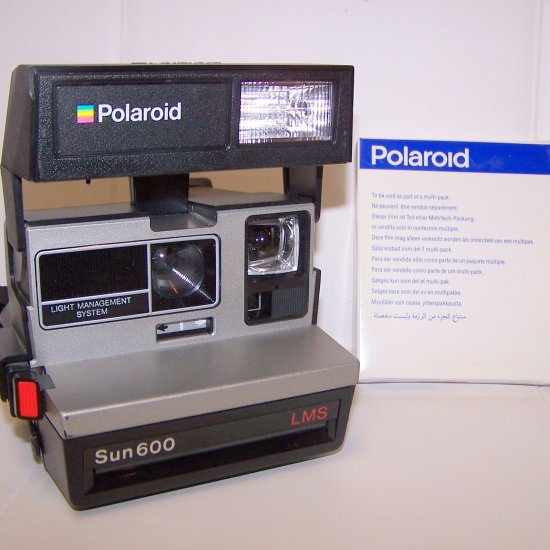Polaroid 600 Sun LMS Instant Camera with Film