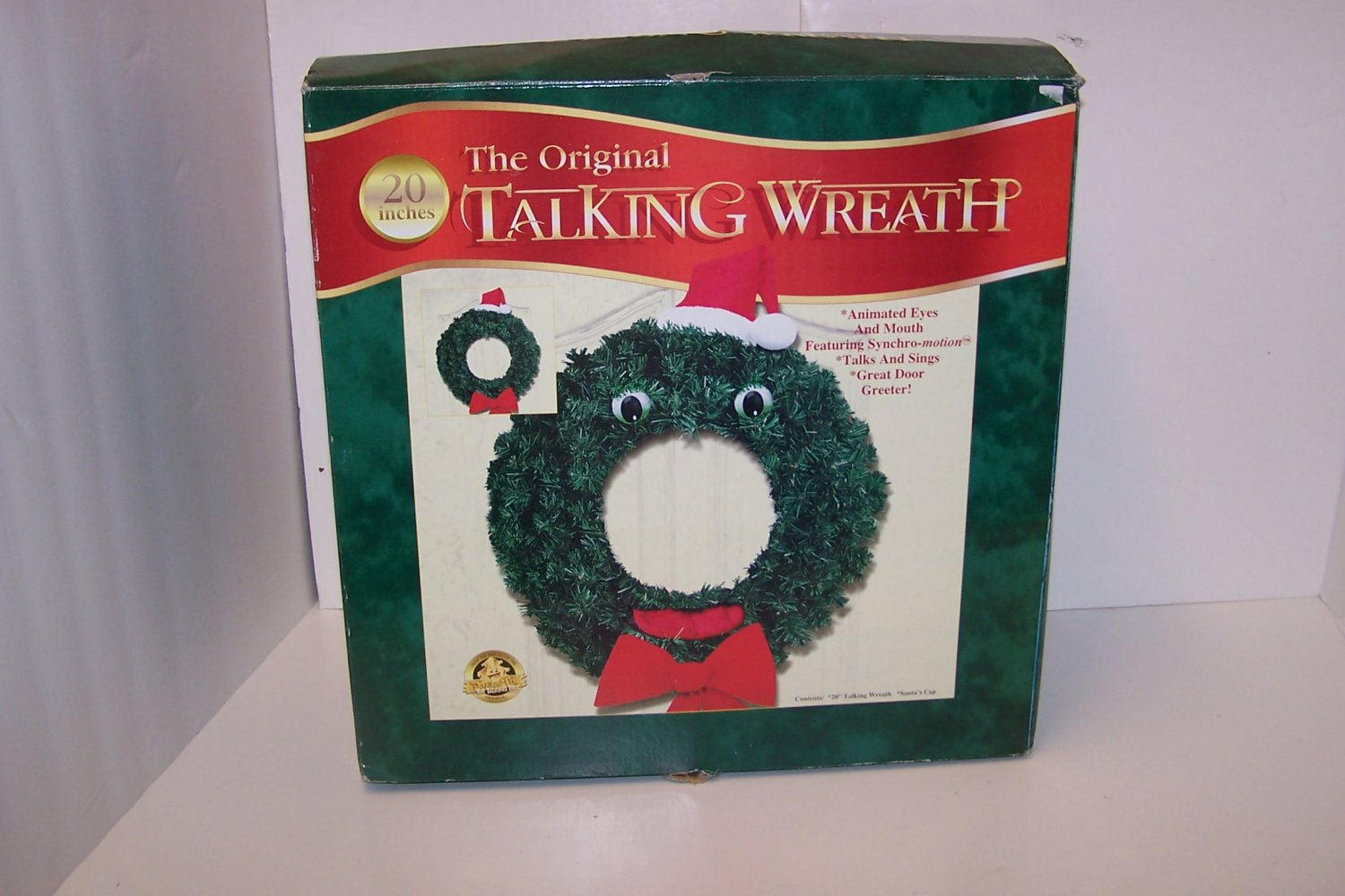 The Original Talking Wreath 20 inches  Gemmy Industries