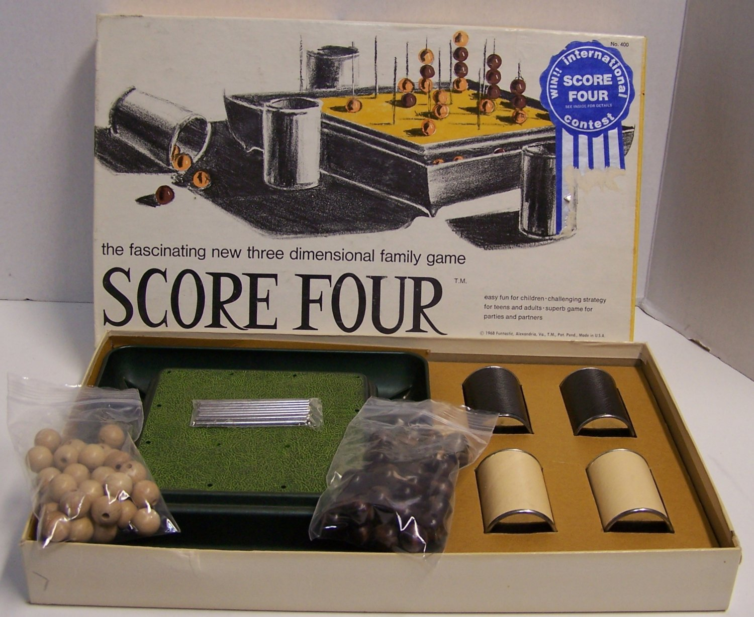 Score Four No. 400 1968: The fascinating new three dimensional family game by Funtastic