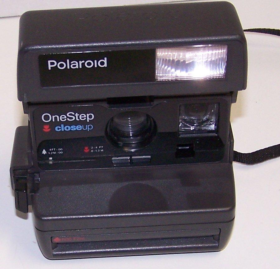 Polaroid 600 Closeup Instant Film Camera