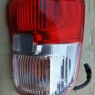 01 02 03 TOYOTA RAV-4 RAV4 RIGHT PASSENGER TAIL LIGHT OEM 2001-2003