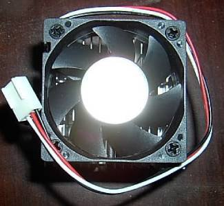*NEW in BOX* Heatsink Fan Cooler for CPU Socket 462 AMD XP 370 7 a Sempron Duron