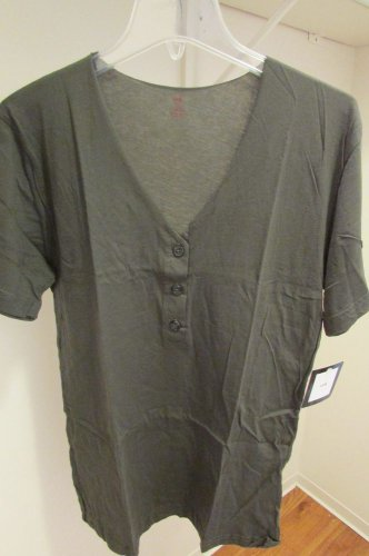 LnA Short Sleeve Deep V Neck Tee in Black XLarge XL Green AWESOME!