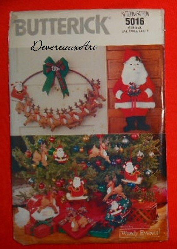 "1990 - BUTTERICK ""Design by Wendy Everett"" Pattern 5016 - UNCUT - Santa Christmas"