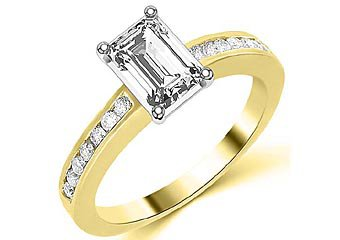 1.3 CARAT WOMENS DIAMOND ENGAGEMENT WEDDING RING EMERALD CUT SHAPE YELLOW GOLD