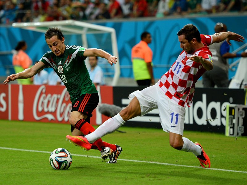 012 -  8 X 6 Photo - Football - FIFA World Cup 2014 - Croatia V Mexico Andres Guardado