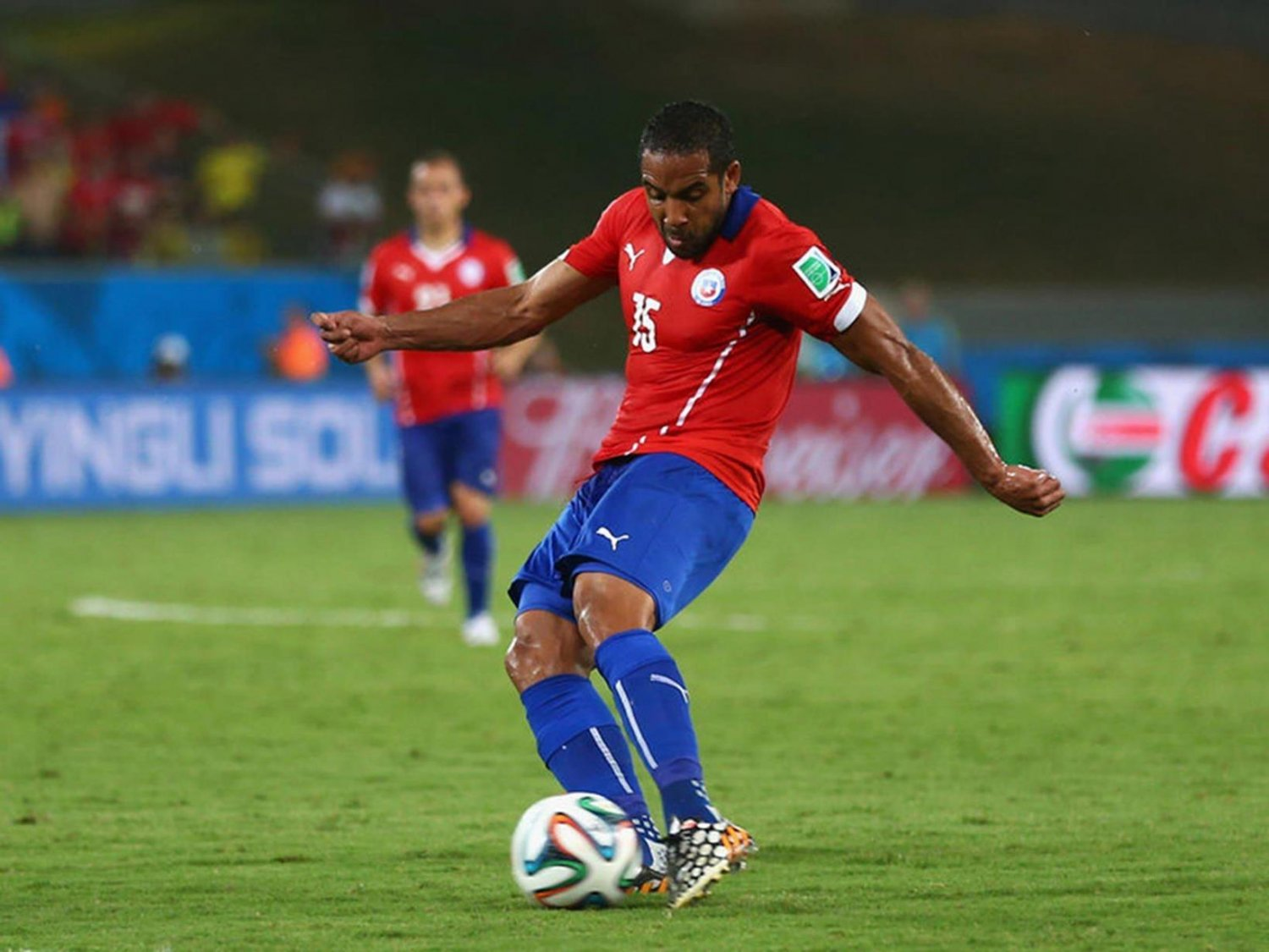 065 - 8 X 6 Photo - Football - FIFA World Cup 2014 - Chile V Australia Jean Beausejour