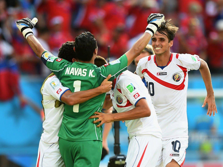 WC 0209 - 8 X 6 Photo - Football - FIFA World Cup 2014 - Italy V Costa Rica - Navas & Ruiz