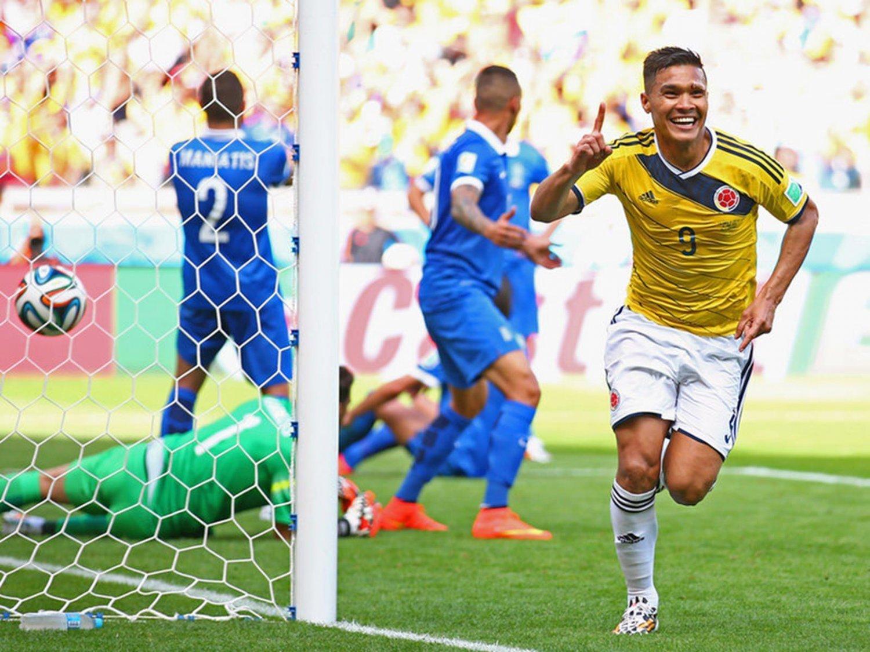 WC 0238 - 8 X 6 Photo - Football - FIFA World Cup2014 - Colombia V Greece - Teofilo  Gutierrez