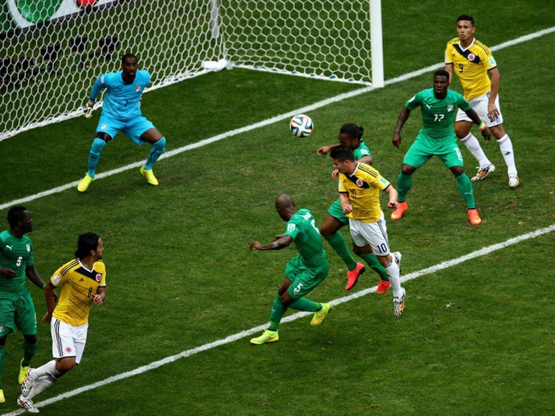 WC 0239 - 8 X 6 Photo - Football - FIFA World Cup 2014 - Colombia V Ivory Coast
