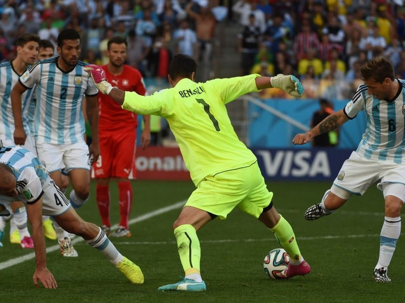 502 -  8 x 6 - Photo - Football - FIFA World Cup - Argentina v Switzerland Diego Benaglio