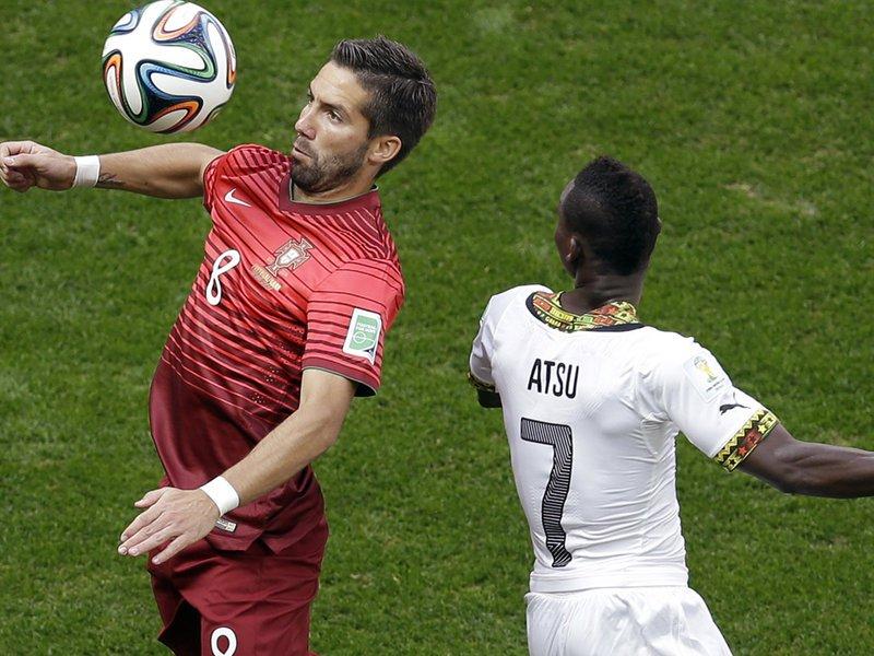 418 - 8 x 6 Photo - Football - Fifa World Cup 2014 - Portugal V Ghana Joao Moutinho Christian Atsu