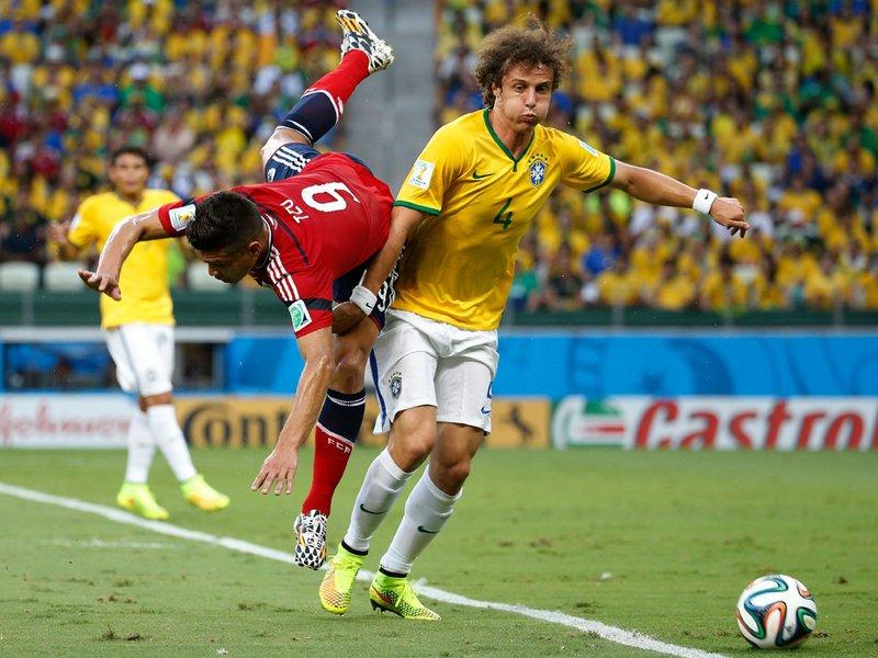 553 - 8 X 6 Photo - Football - FIFA World Cup 2014 - Brazil V Colombia - David Luiz
