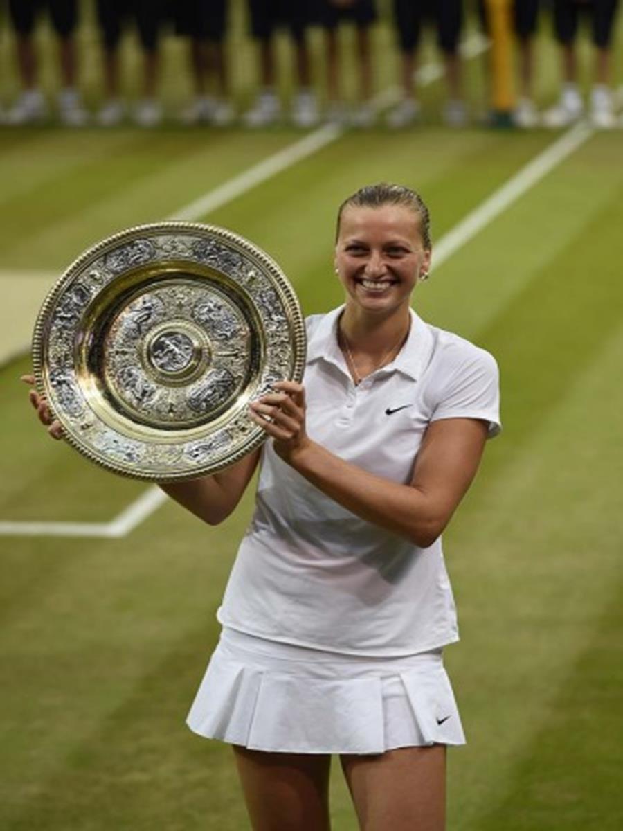 150 - 8 x 6 Photo - Tennis - Wimbledon Championship 2014 - Ladies Champion Petra Kvitova