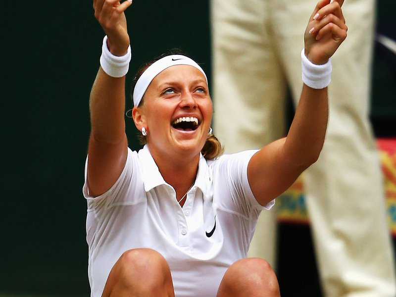 152 - 8 x 6 Photo - Tennis - Wimbledon Championship 2014 - Ladies Champion Petra Kvitova