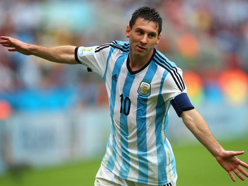 362 - 8 x 6 Photo - Football - FIFA World Cup 2014 - Argentina v Nigeria   Lionel Messi Celebrates