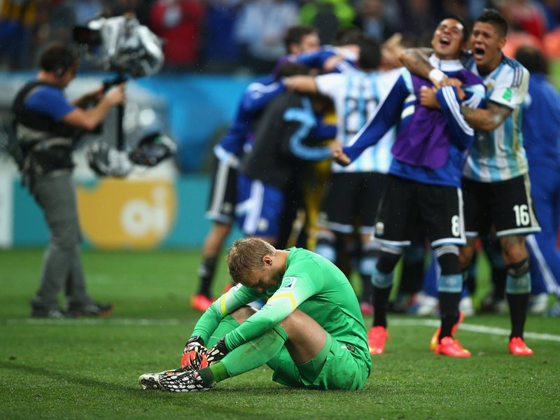 607 - 8 X 6 Photo - Footbal - FIFA World Cup - Argentina V Holland Jasper Cillessen