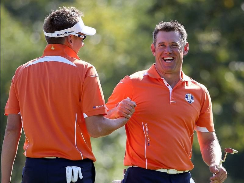 020 - 8 X 6 Photo - Ryder Cup 2012 - Ian Poulter Lee Westwood Build Up