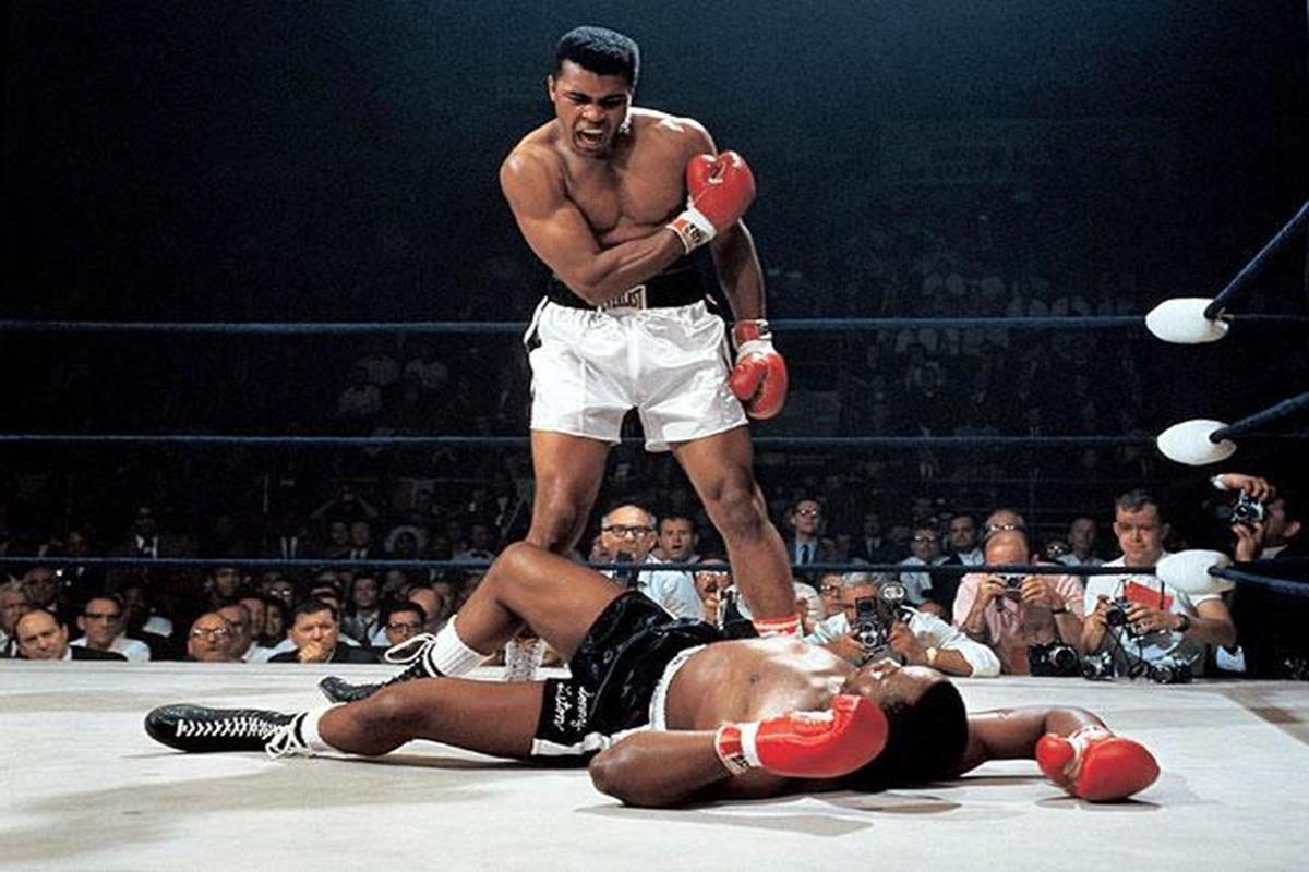 009 - 12 X 8 Photo - Boxing - Classic Muhammad Ali -   Muhammad Ali Sonny Liston