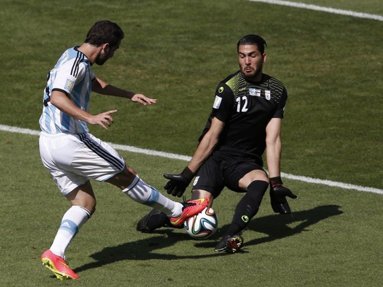 112 - 8 X 6 Photo - Football - FIFA World Cup 2014 - Argentina V Iran - Higuain Gonzalo